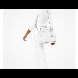 Michael Kors New pocketed White Leather Bag.